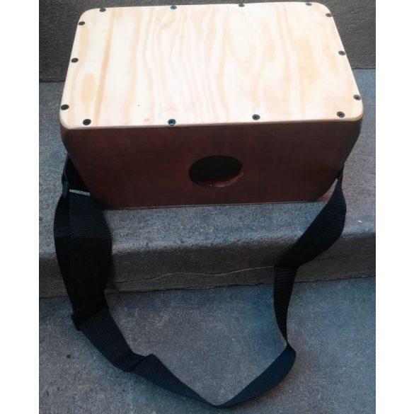 Cajonito /Hordozható, kényelmesen használható/